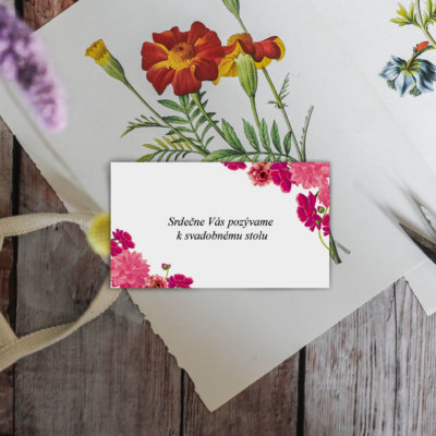 wood-flowers-scissors